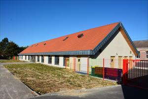 Construction bois murs remplissage paille école de Grenay (62)