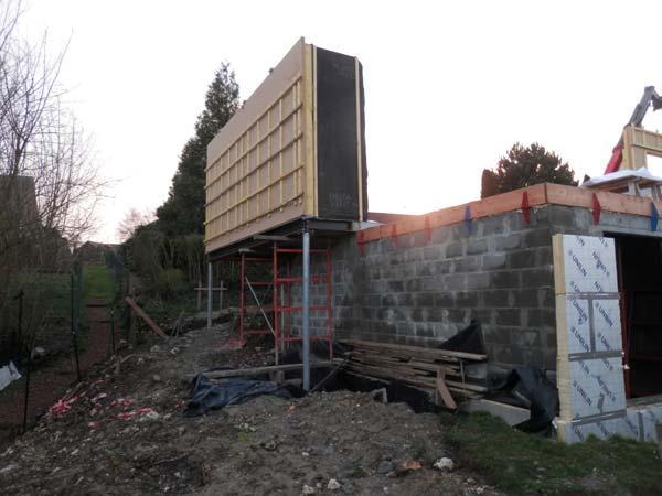 Elévation murs ossature bois sur pieux métalliques