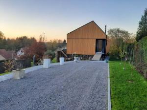 Maison ossature bois à Wargnies-le-Grand (59) en partie posée sur pieux métalliques